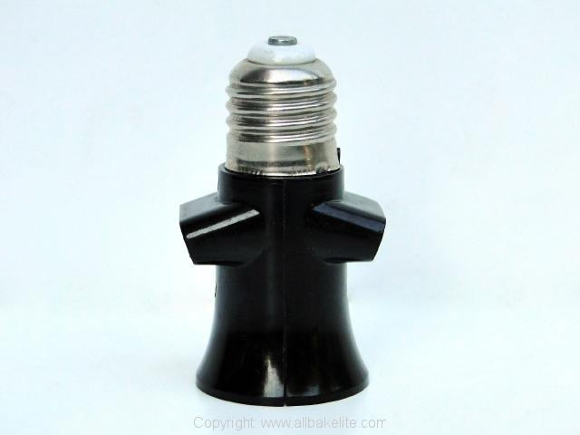 Lampfitting met stopcontact